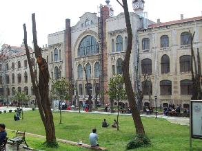 Marmara Üni. Hukuk Fakültesi